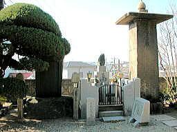 近松門左衛門の陰墓(大東市)